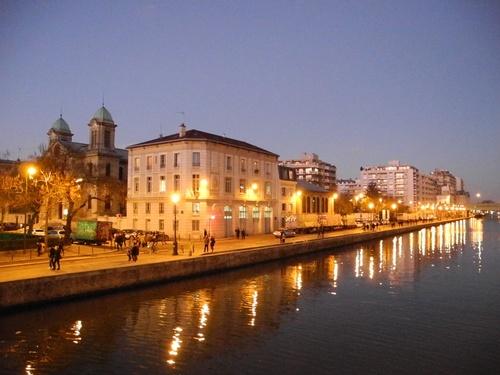 Le Bassin de la Villette Paris 19ème