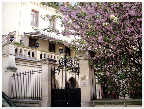 Paris. Un bel immeuble.