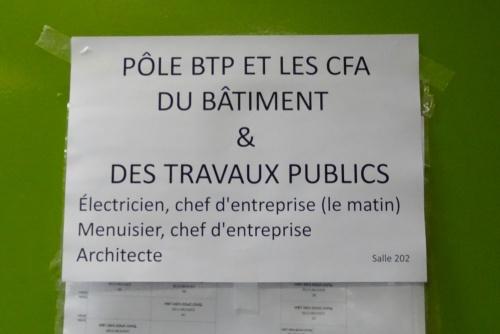 """Un """"forum pour l'emploi"""" au Collège Fontaine des Ducs à Châtillon sur Seine.."""