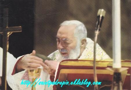 Consagração a são Pio de Pietrelcina