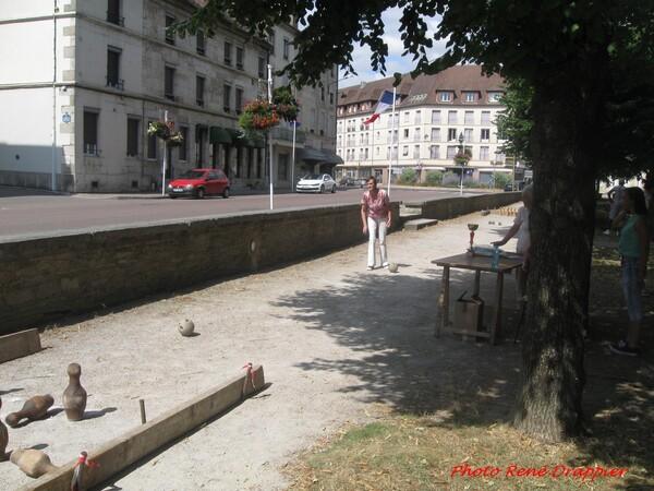 Le 14 juillet 2015 à Châtillon sur Seine,vu par  Pierre Magès et René Drappier...