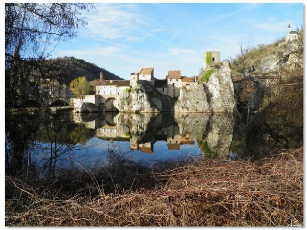 Reflets de Laroque-des-Arcs