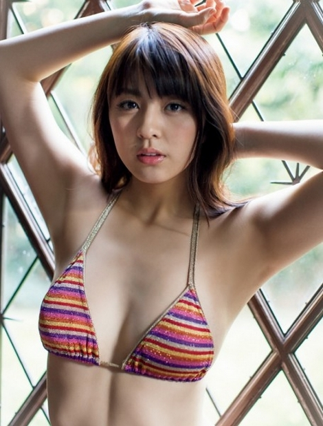 WEB Magazine : ( [FRIDAY Digital - Gravure] - |FRIDAY - 19/12/2014 - Yurina Yanagi : 柳ゆり菜「ゆるふわEカップ」| )