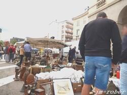 Limoges: Ce dimanche était le rendez-vous aux puces de la cité pour «chineurs et exposants»