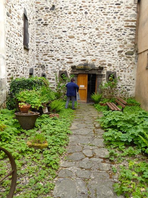Blesle 2 vielles pierres et musée des coiffes (fermé!).