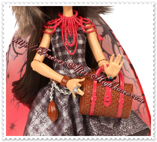 ever-after-high-photo-commerciale-cerise-hood-legacy-day-doll (3)