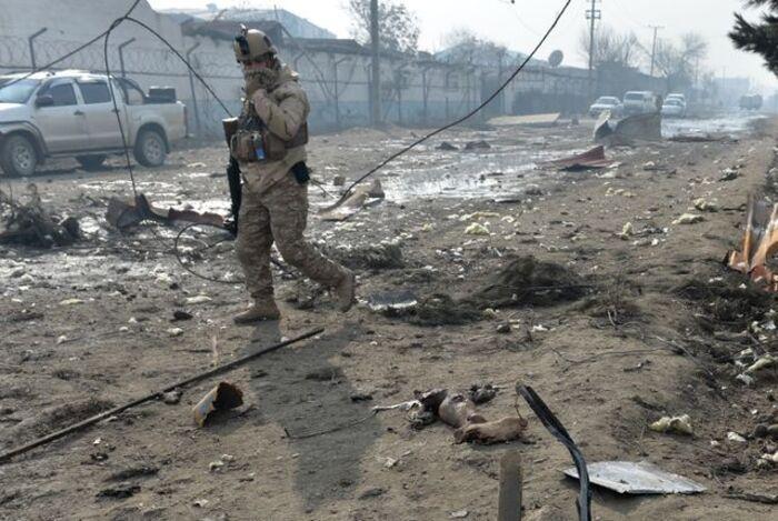 """Mort d'un ex-interprète afghan de l'armée française """"Ces personnes ont été trahies par la France"""""""