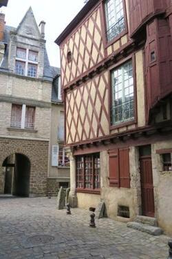 Le Mans: courses & visite de la vieille ville