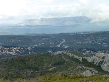 Zoom sur la Sainte Victoire