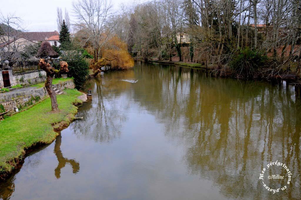Brantôme  Fin - L'abbaye - La petite Venise du Périgord - Un des plus beaux villages de France