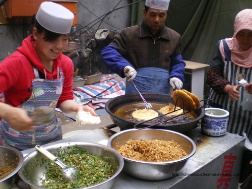 Petit déjeuner chinois : dans la rue