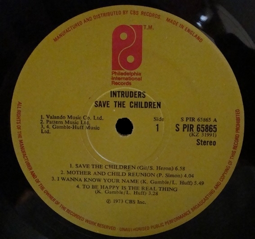 "1973 : The Intruders : Album "" Save The Children "" Gamble Records KZ 31991/Philadelphia International Records ZX 31991 [ US ]"