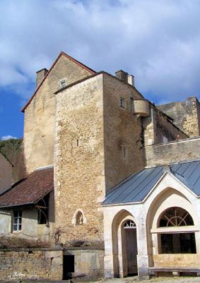 Salives à 45 km de Dijon