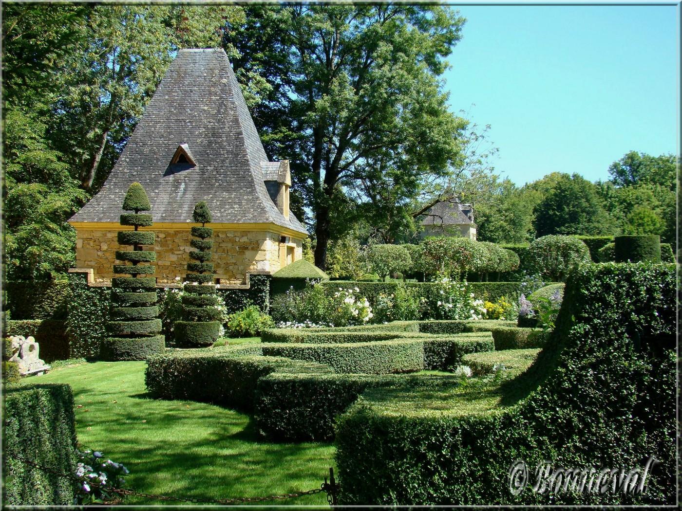 Jardins du manoir d 39 eyrignac escapades en france - Jardins du manoir d eyrignac ...