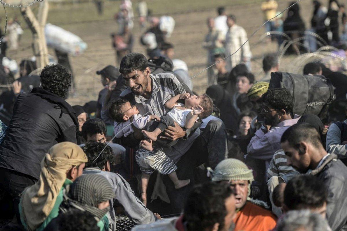 Un photographe récompensé pour ses clichés bouleversants sur les réfugiés