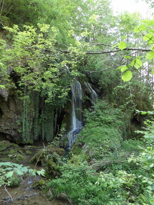 Cascades sur la Départementale 1504