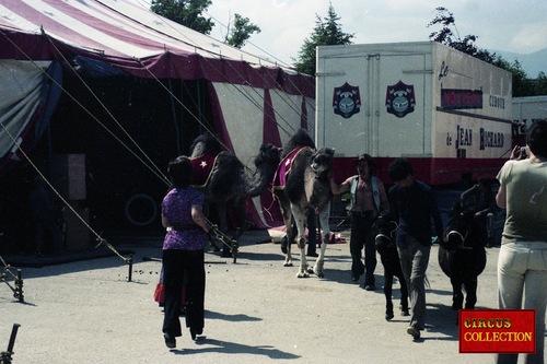 Le nouveau cirque de Jean Richard en 1976 ( archives Philippe Ros) 2ième partie