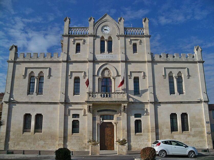St Gilles - Mairie 1.jpg