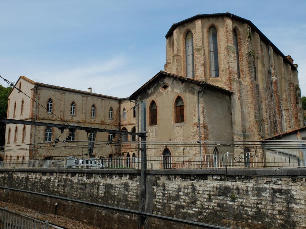 Autour de l'Abbatiale Saint Pierre de Moissac.