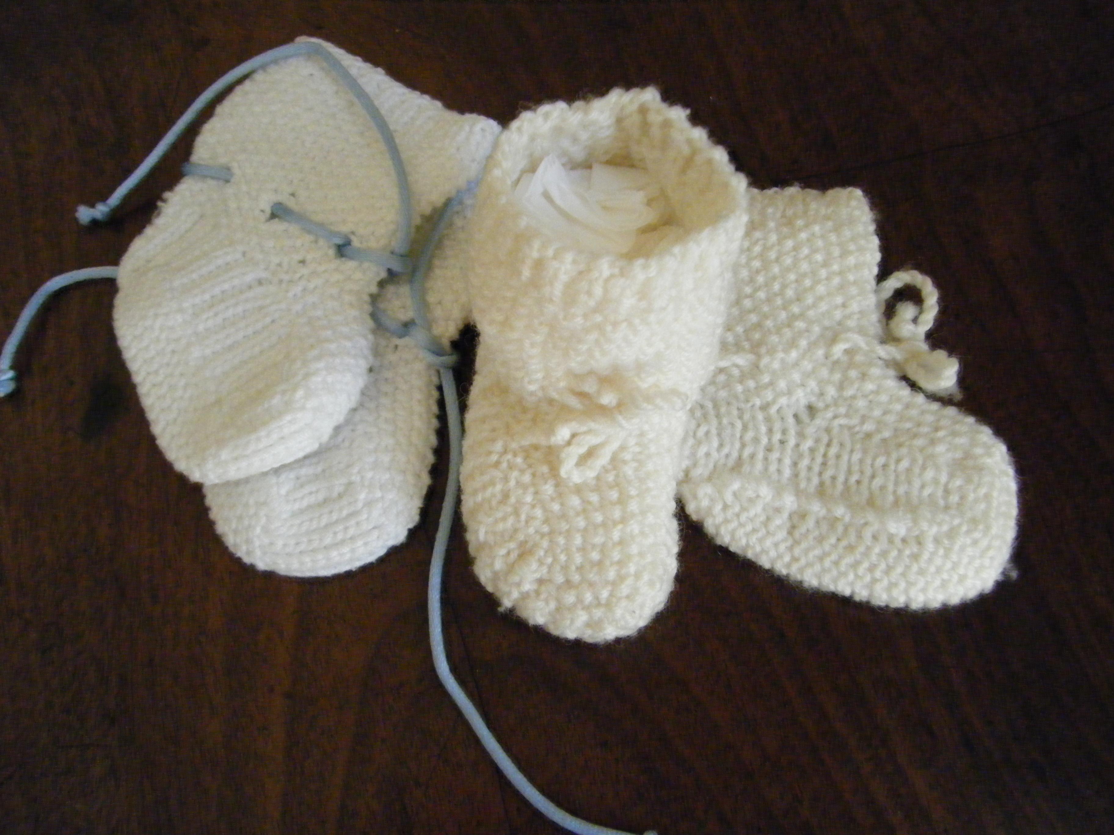 66af34a98be52 Chaussons bébé au point de riz - Mélodie and Co