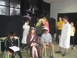 Cm1D/S (théâtre) :répétition générale