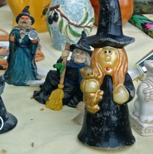 sorcière balai Halloween bibelot 3