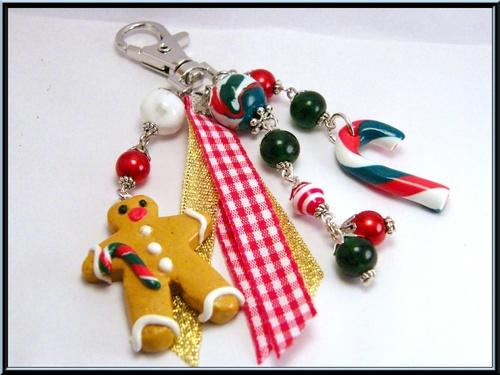 Bijoux de sac/porte clés Mr pain d'épice et sucre d'orge en fimo, perle acrylique.