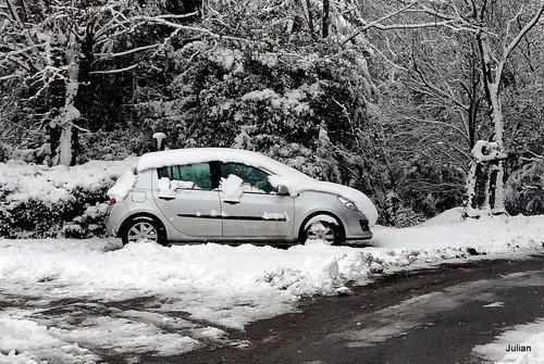 Toulouse : la neige et la voiture ... ( n°1)