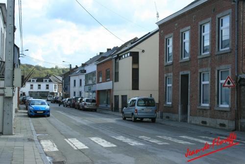 6. La rue Emile Romedenne