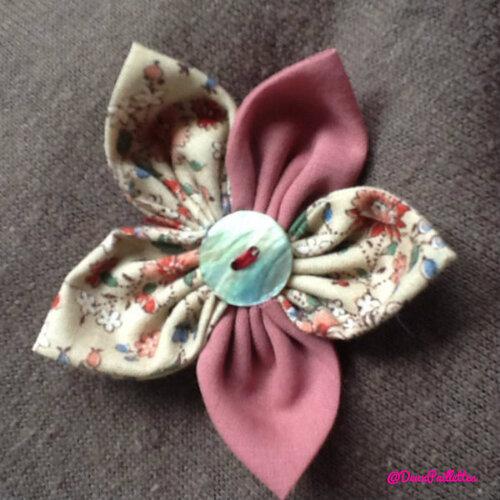 Une fleur printanière pour ma veste