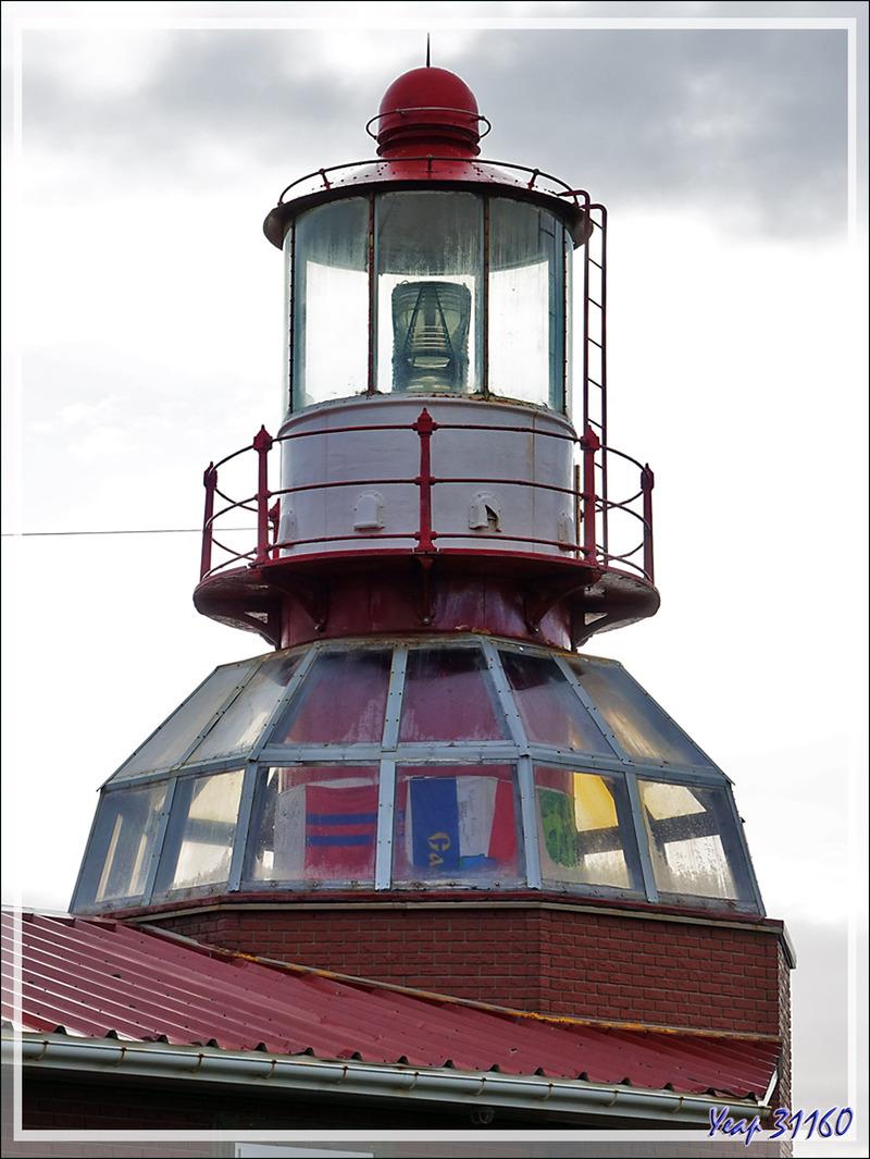 Faro Monumental Isla Hornos - Ile du Cap Horn - Patagonie - Chili