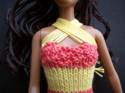 Diverses encolures pour robes barbie