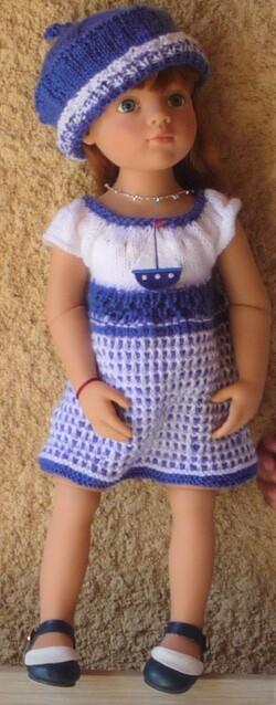 Elfie dans sa nouvelle robe de bord de mer