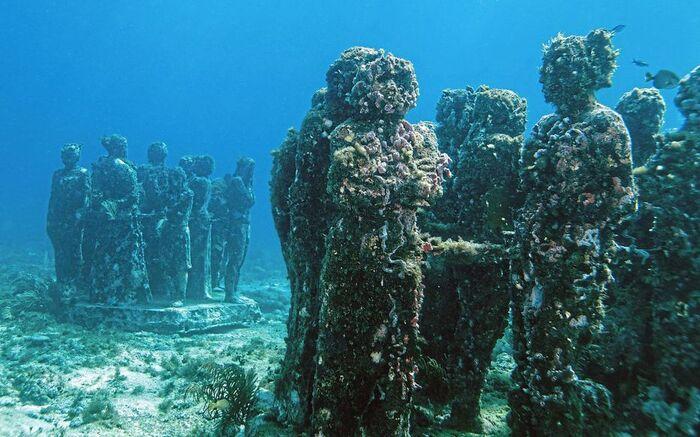 Plongez Dans Le Musée Sous-Marin De Cancún -