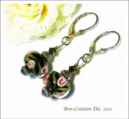 Boucles d'Oreilles Dormeuses, Verre Lampwork Fleurs Roses / Argent 925