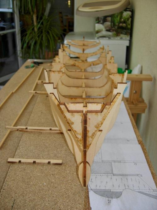 Remorquer Smit London ou Rotterdam : vrai navire, présentation du quitte, réalisation de la coque