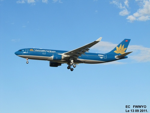 Airbus A 330 F WWYO Le 13 09 2011 à 18h29.
