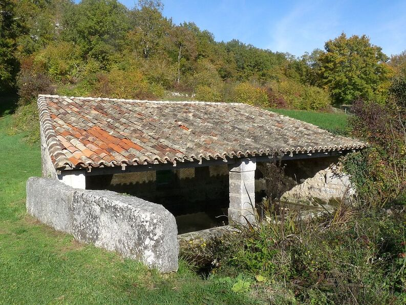 Lavoir moulin barret.JPG