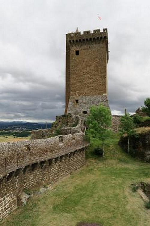 Forteresse de Polignac  ( Haute-Loire )