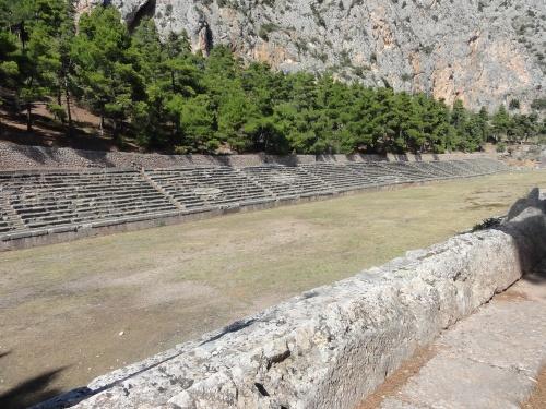 24 septembre: Delphes le sanctuaire d'Apollon