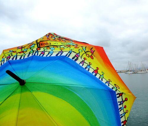 Belles ombrelles dans des ports...