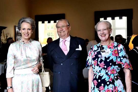 Margrethe, Benedikte et Henrik