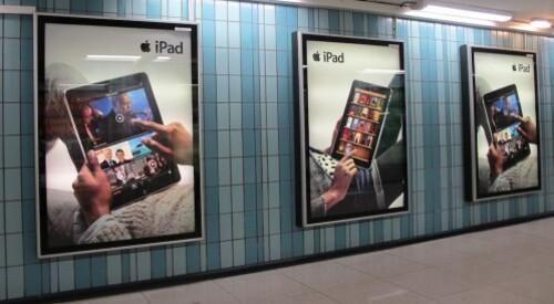 iPad affiche métro
