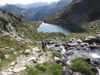 Le lac inférieur et la vallée