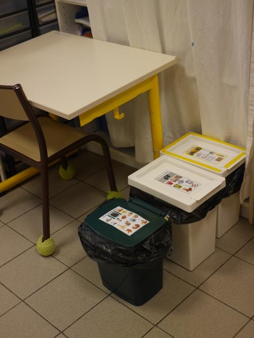 poubelles de tri et compost