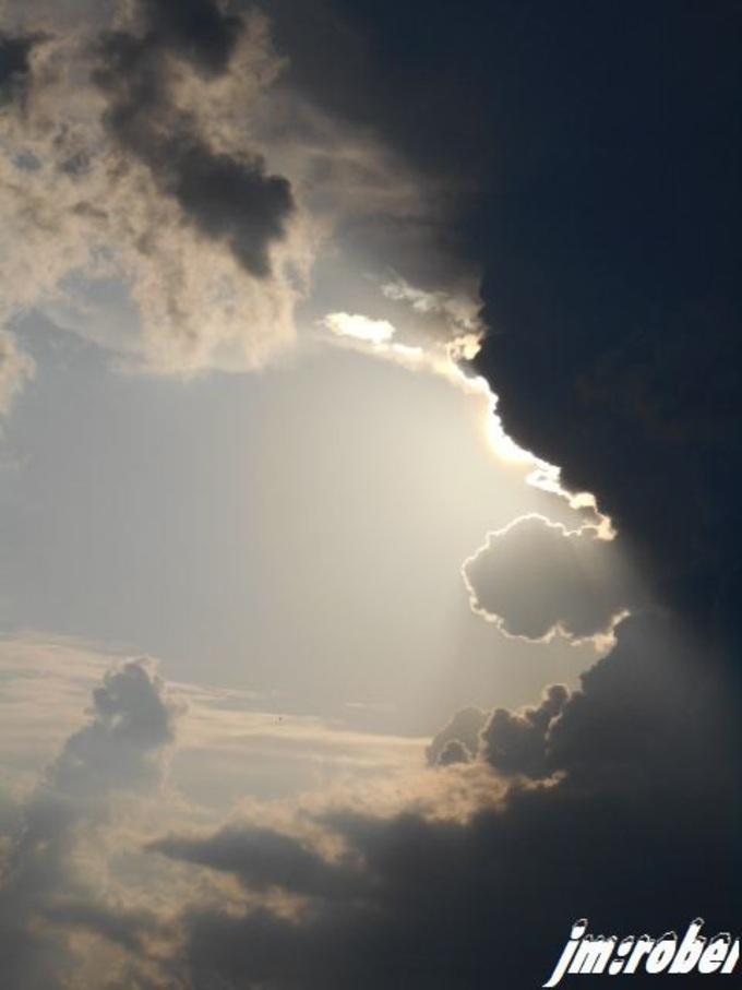 Quand l'orage donne des signes