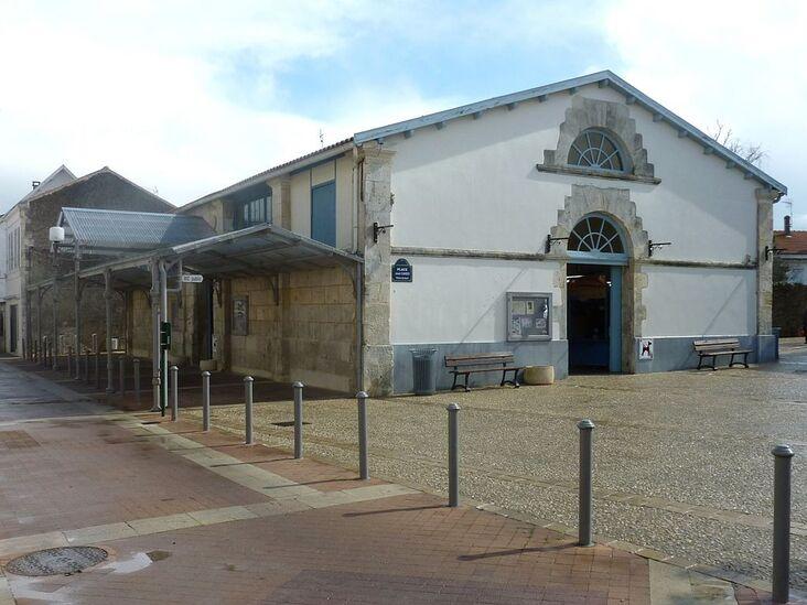 138 - Halle aux poissons - Fouras.jpg