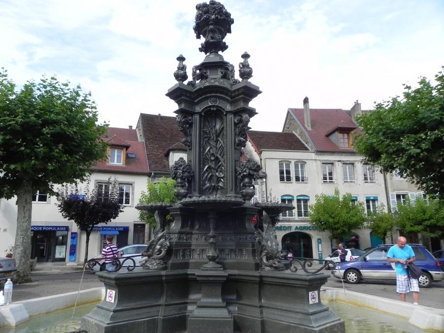 Poligny dans le Jura 39800