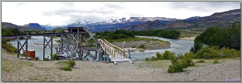 L'ancienne noria sur le méandre du Rio Perros - Estancia Cristina - Lago Argentino - Patagonie - Argentine