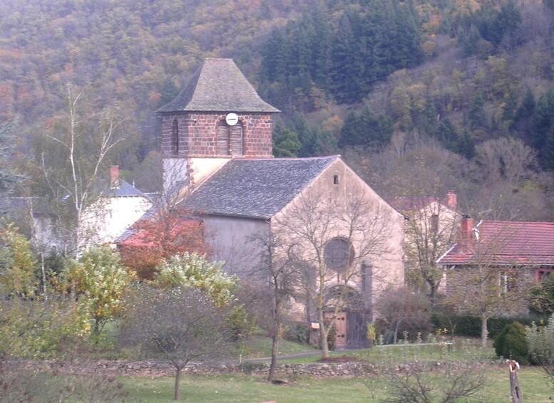 Eglise Ste-Foy Molompize 2.JPG